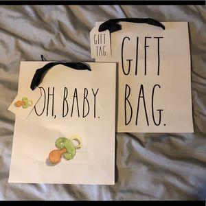 Rae Dunn Gift Bag Set